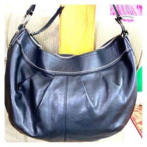 💕Coach black leather xl hobo purse 💕